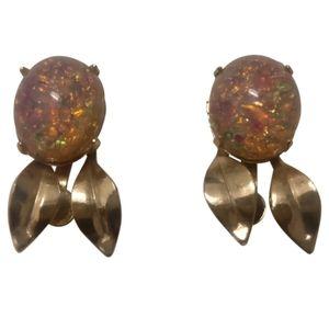 🇨🇦 Vintage 60s Coro earrings